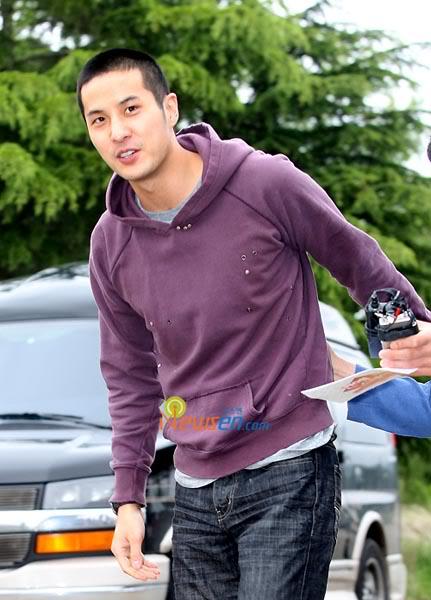 Kim Ji-suk (Personal Taste) ingresó al ejército Kimjisuk_army2