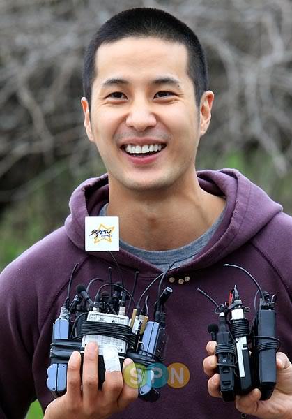 Kim Ji-suk (Personal Taste) ingresó al ejército Kimjisuk_army3