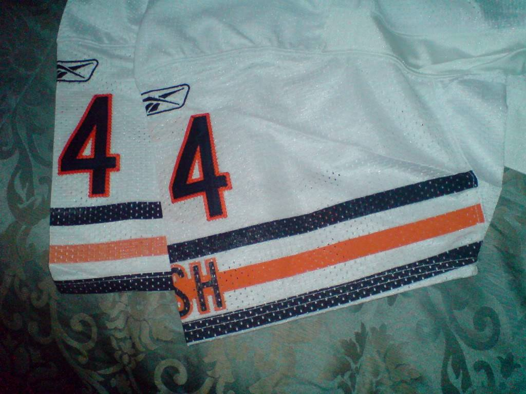 Authentic Chicago Bears Away Urlacher Jersey DSC01526