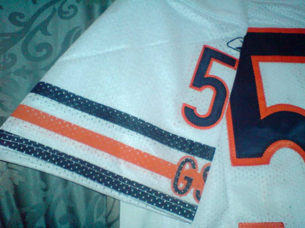 Authentic Chicago Bears Away Urlacher Jersey DSC01532