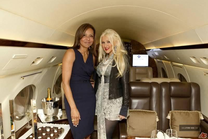Christina at Elite Aviation's Night of Luxury 02-1