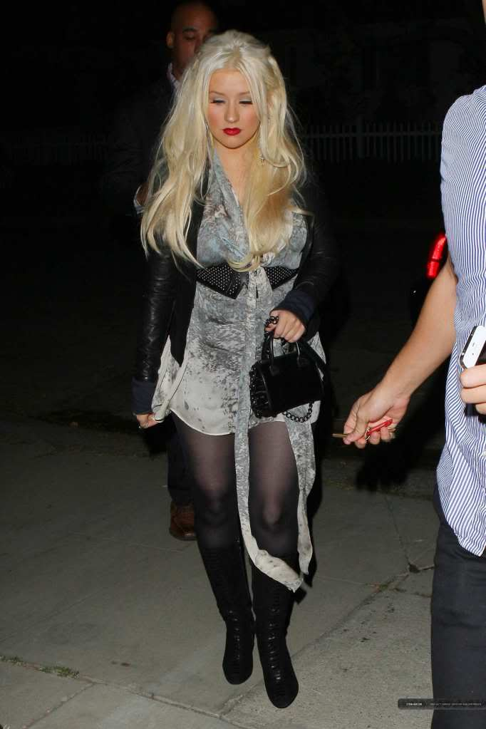 Xtina out in Studio City 04-3