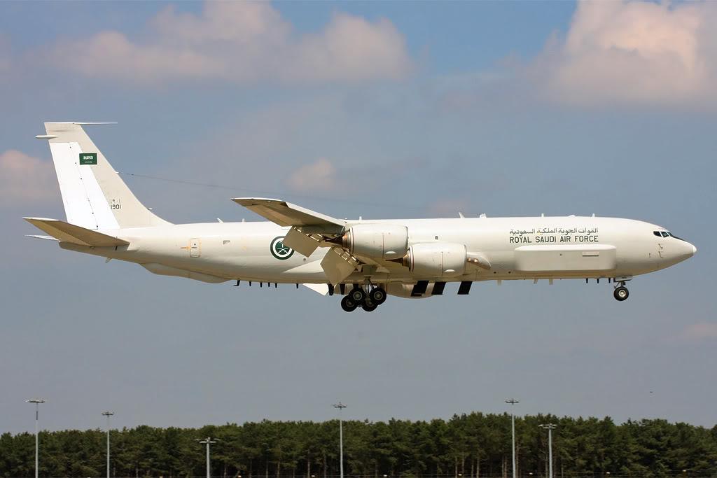 الموسوعه الفوغترافيه لصور القوات الجويه الملكيه السعوديه ( rsaf ) - صفحة 2 RSAF-3