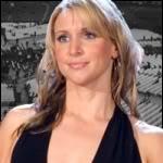 Monday Night Raw 24/07/08 Stephanie McMahon vs Trish Stratus StephanieMcmahon