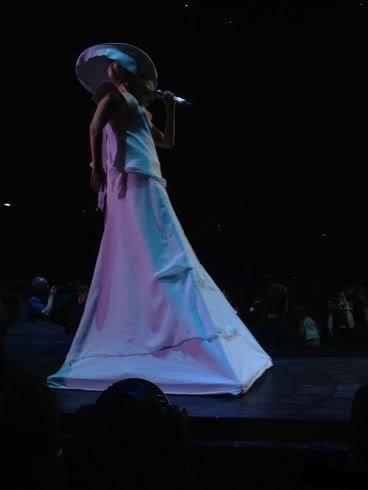 """Gira >> """"The Born This Way Ball Tour"""" [5]  - Página 45 Ar5Ewl8CIAABB7B"""