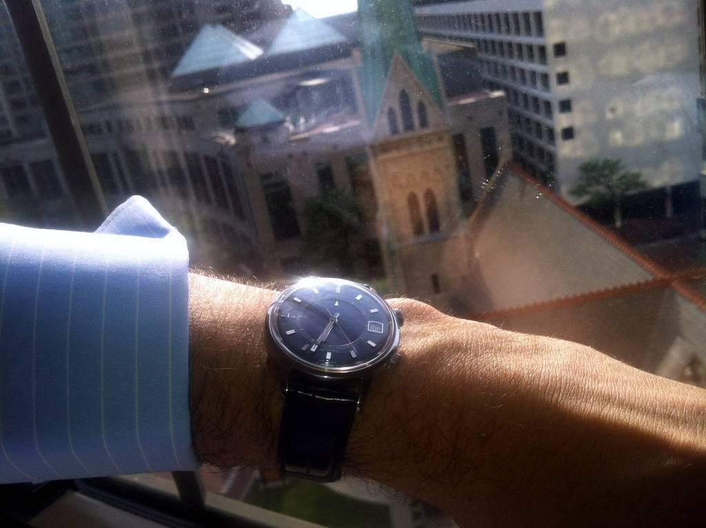 La montre du vendredi 19 juillet 2013 Wrist20130709BlueE875_zps98b31255