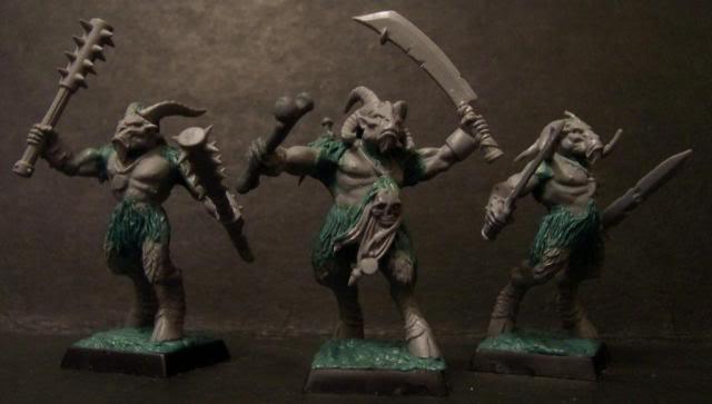 beastmen - Underbheit's Feral Beastmen 100_2730