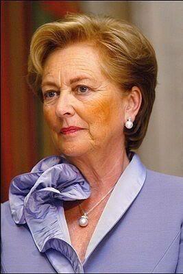 Casa Real de Bélgica - Página 15 Belgica1082