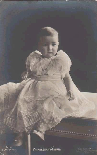 Astrid, reina de Bélgica Belgica489