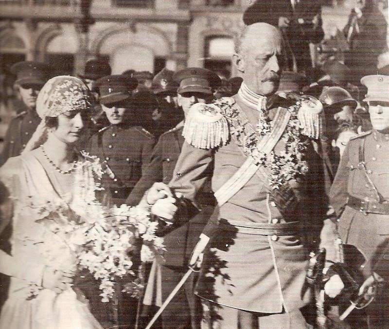 Astrid, reina de Bélgica - Página 2 Belgica580