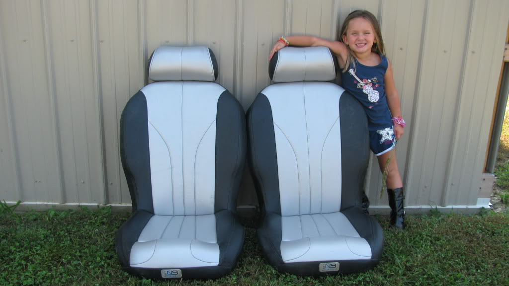 RZR Suspension seats Rzrseatsandpreslee005