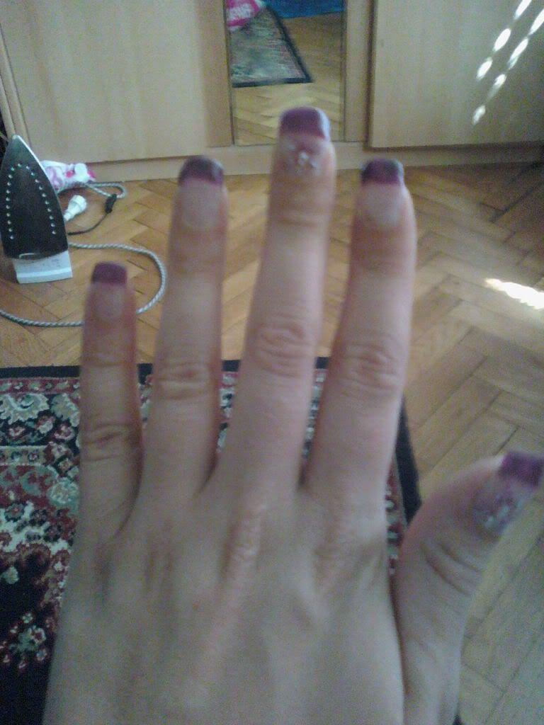 DEKORACIJA vaših prirodnih nokti, noktića, noktiju (samo slike - komentiranje je u drugoj temi) - Page 2 110714_152200