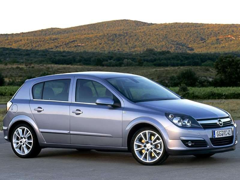 Opel (official topic) Opel-Astra_2004_800x600_wallpaper_0