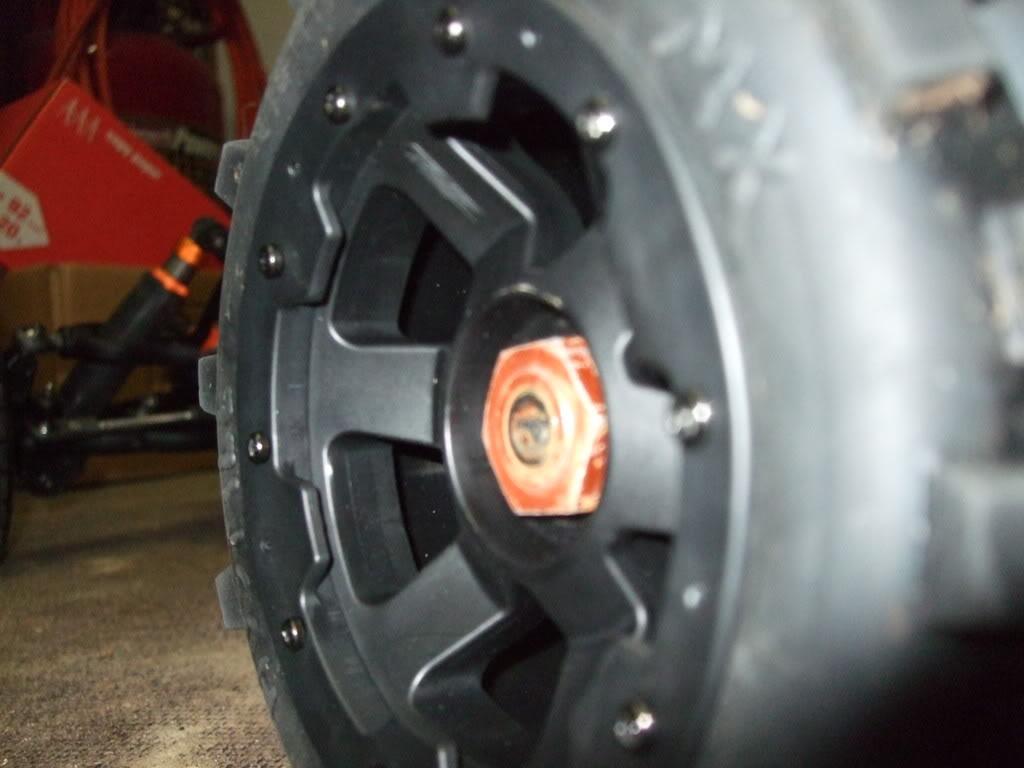 Exemples de configuration jantes + pneus en images DSCF1802