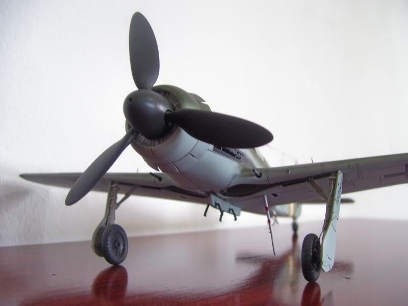 Tamiya 1/48 Focke Wulf 190 D-9 JG-2 Richtofen DORA1