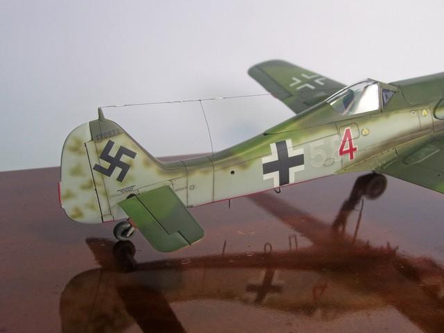 Focke Wulf 190 D-11, Revell 1/48 (Molde de Trimaster). FW190D-11Terminado%209_zps4catverd