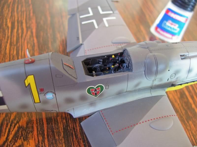 Hasegawa 1/48 Messerschmitt 109 G-6 III/ JG-54 - Página 3 Casilasultimas1