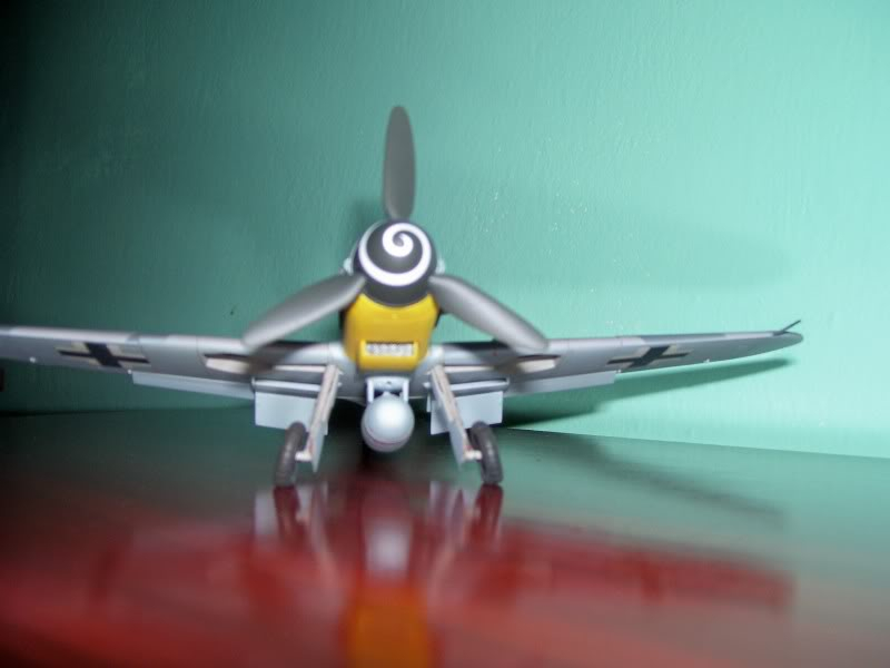 Hasegawa 1/48 Messerschmitt 109 G-6 III/ JG-54 - Página 3 Casilasultimas11