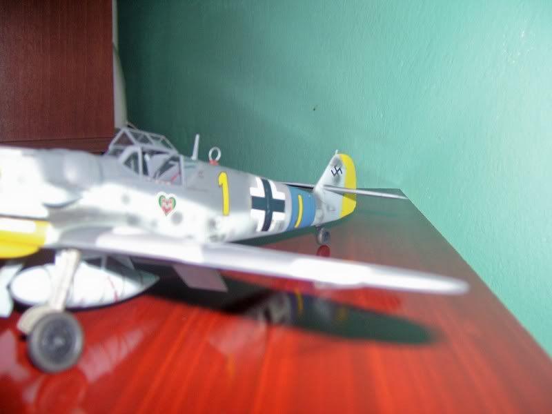 Hasegawa 1/48 Messerschmitt 109 G-6 III/ JG-54 - Página 3 Casilasultimas16