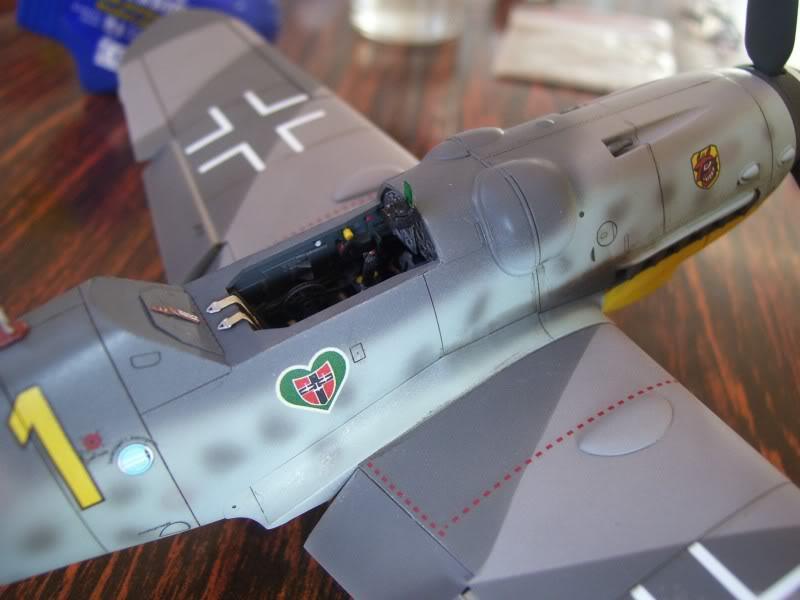 Hasegawa 1/48 Messerschmitt 109 G-6 III/ JG-54 - Página 3 Casilasultimas2