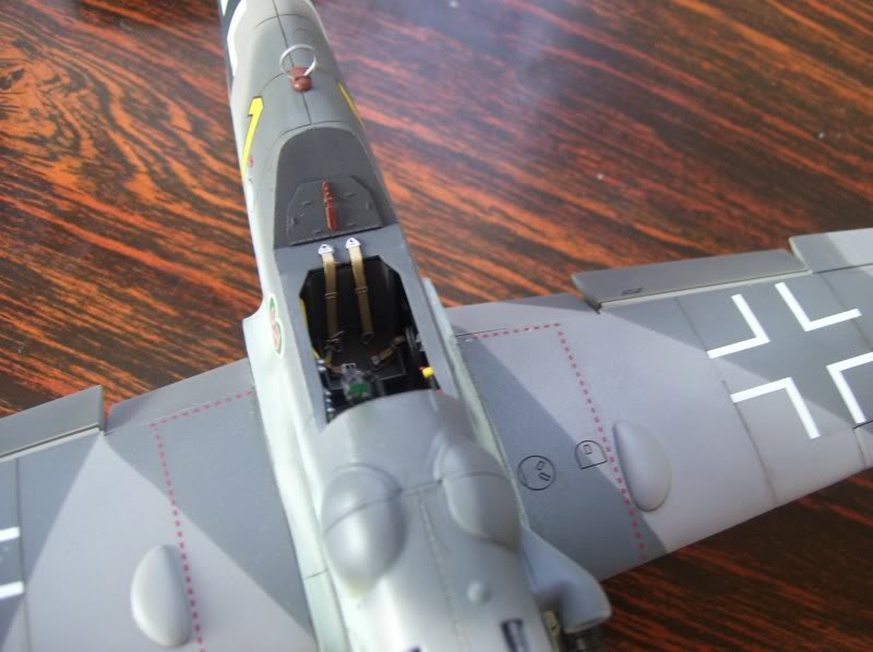 Hasegawa 1/48 Messerschmitt 109 G-6 III/ JG-54 - Página 3 Casilasultimas4
