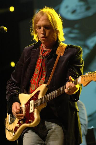 Tom Petty   - Page 2 Tom-petty-pr