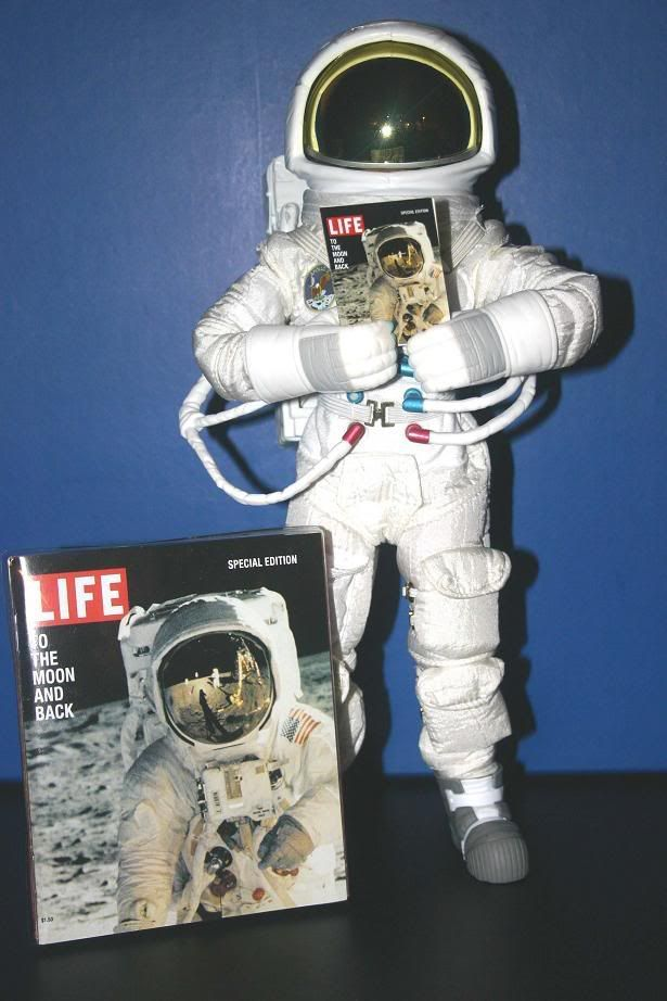 the_pauley's men - Page 2 LifeMagazineApolloAstronaut