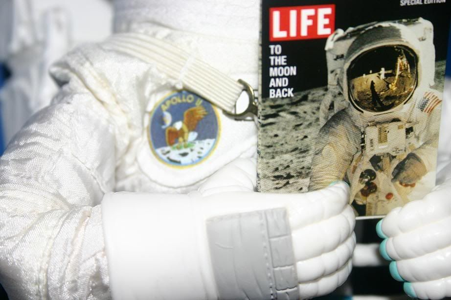the_pauley's men - Page 2 LifeMagazineApolloAstronaut1