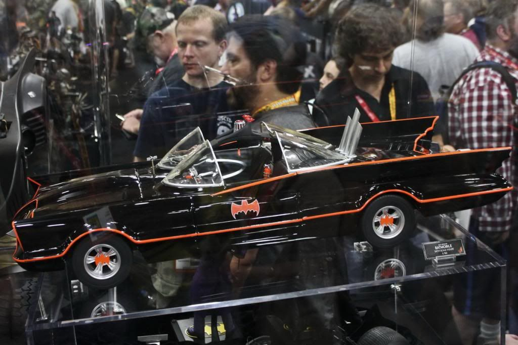Zap!  Pow!  Batmaaaaan! Batmobile_zpsdccacc21