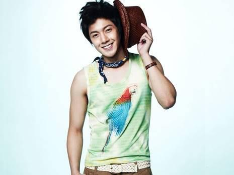 "Kim Hyun Joong ""Basic House""Coleccion Verano 2010 nuevas imagenes HQ HJL_basichousenew001"