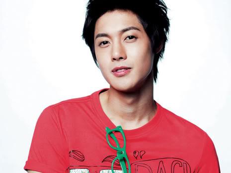 "Kim Hyun Joong ""Basic House""Coleccion Verano 2010 nuevas imagenes HQ HJL_basichousenew004"