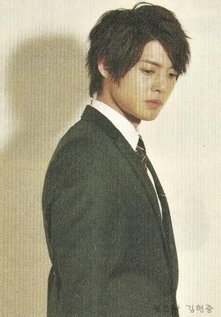 Kim Hyun Joong para la revista HIGH CUT vol.21 2010 – CF SHOOTING STAR -MVIO HYUN JOONG HJL_highcut009