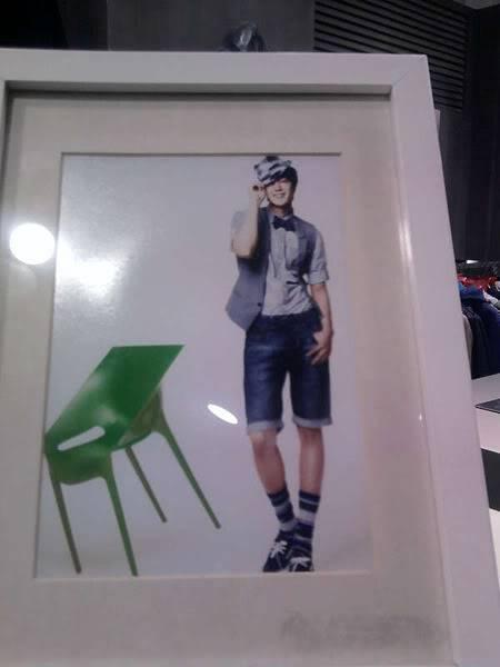 Kim Hyun Joong - promoción de ropa I'M DAVID en Basic House de China HJL_iamdavid005