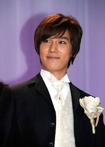"""Park Jung Min - Fotos y Fancam del Japon """"Pretty Bride 2010 Competition"""" 768d2a594d48ffb2fac0bc5"""