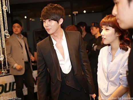 Park Jung Min, Kim Hyung Joon y Rainbow - Royal Ave Fiesta de apertura JM_HJB_partyroyal008