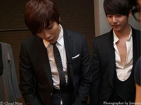 Park Jung Min, Kim Hyung Joon y Rainbow - Royal Ave Fiesta de apertura JM_HJB_partyroyal009
