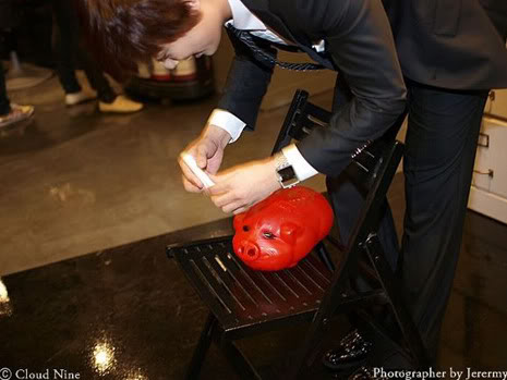 Park Jung Min, Kim Hyung Joon y Rainbow - Royal Ave Fiesta de apertura JM_HJB_partyroyal010