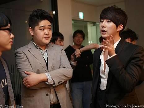 Park Jung Min, Kim Hyung Joon y Rainbow - Royal Ave Fiesta de apertura JM_HJB_partyroyal011