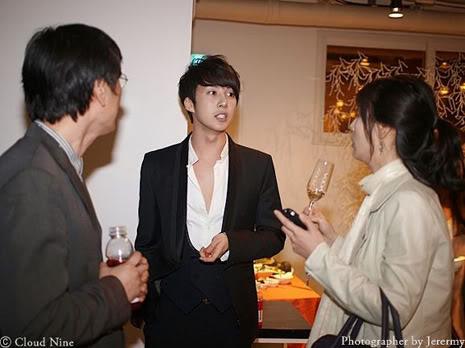 Park Jung Min, Kim Hyung Joon y Rainbow - Royal Ave Fiesta de apertura JM_HJB_partyroyal013