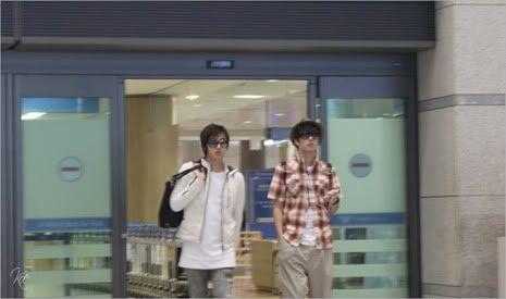 Young Saeng y Kyu Jong - Aeropuerto de Gimpo volviendo de Japon SK_incheon009