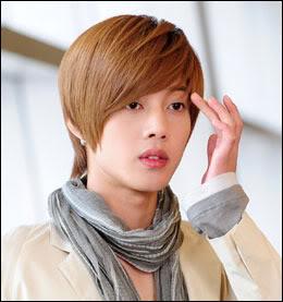 'Kim Hyun Joong Fondo de becas' …Eventos de recaudacion de fondos hecho por las fans L391204201002222059400