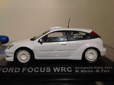 2003 Focus Striped, Decal & Tampo Removal Ixo/Atalya IMG02796-20120224-2255