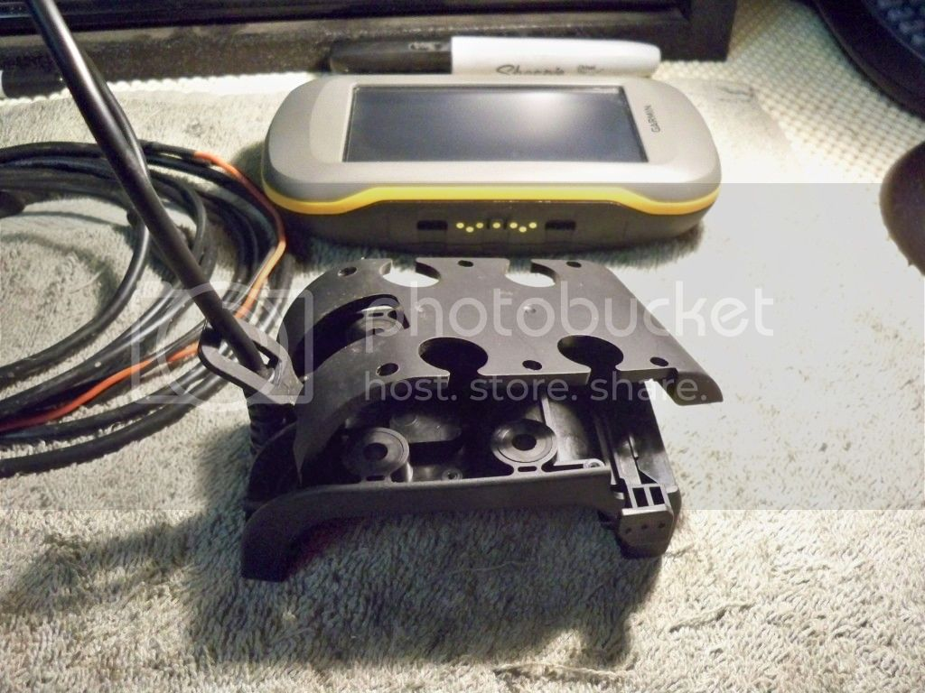 Montana 600 Amps Rugged Mount Thumb Screw Mod 100_0547