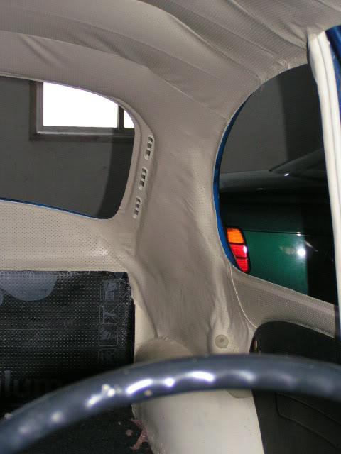 """Volkswagen 1302 de 72 """" Azulinho"""" VW253"""