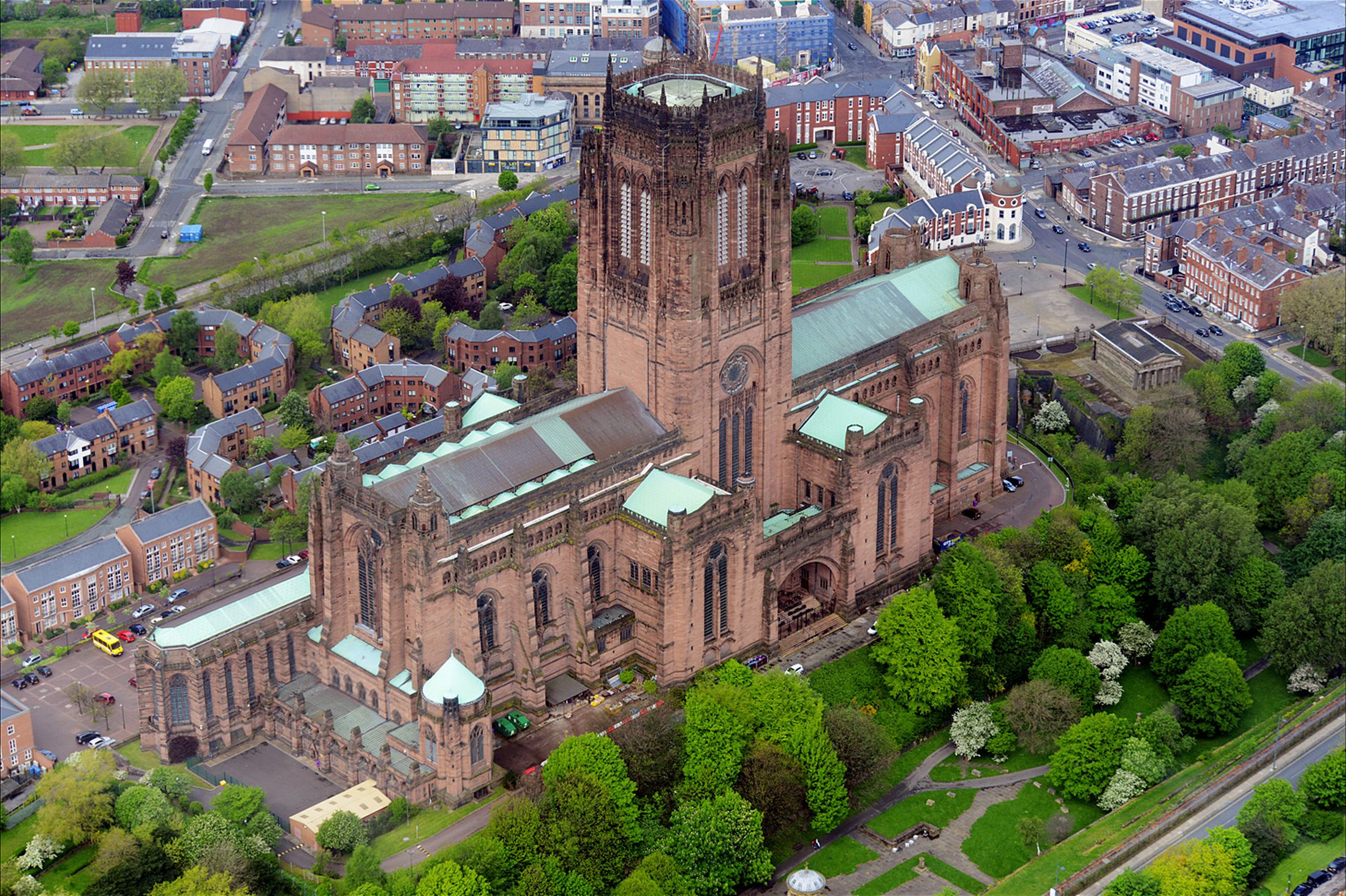 The United States of the Solar System: A.D. 2133 (Book Two) - Page 18 Liverpool-Anglican-Cathedral