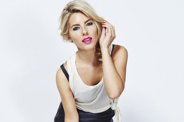 Mollie King >> preparando álbum debut Mollie-King