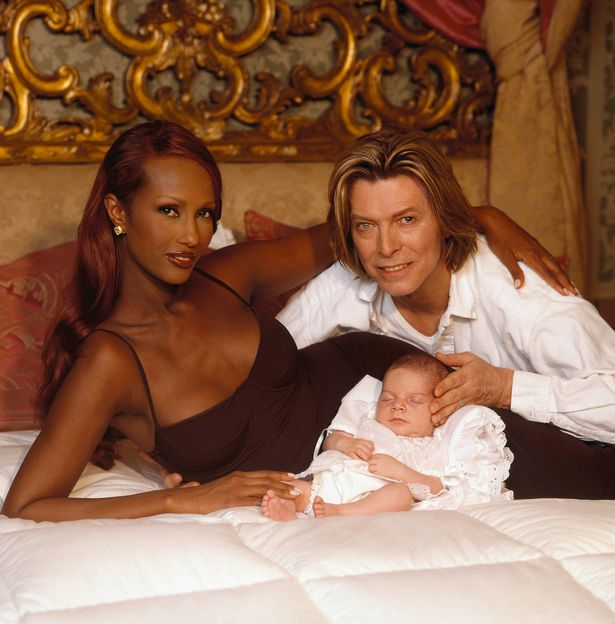 David Bowie has been secretly cremated without a funeral or any family and friends present  David-Bowie-and-daughter-Alexandria