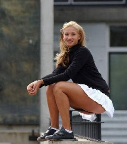 Tatiana Golovin - Page 5 Tatiana%20Golovin%20%204_zpseytkcdki