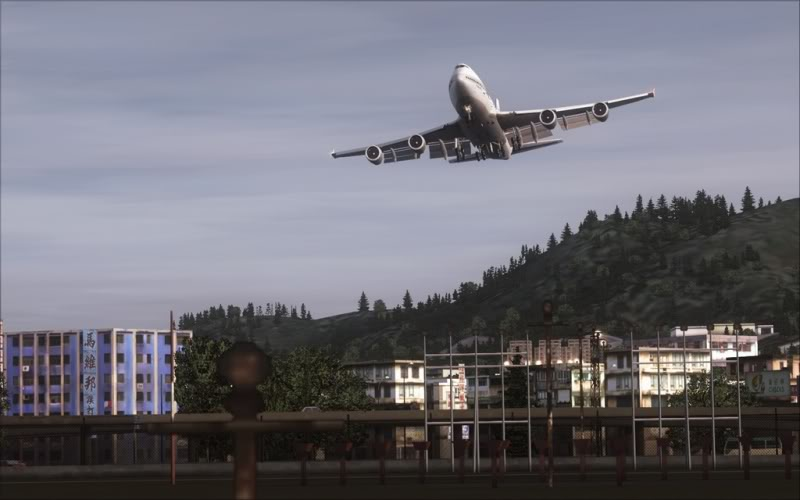 [FS9] Don't mess with my airport! SpeedRacer_257