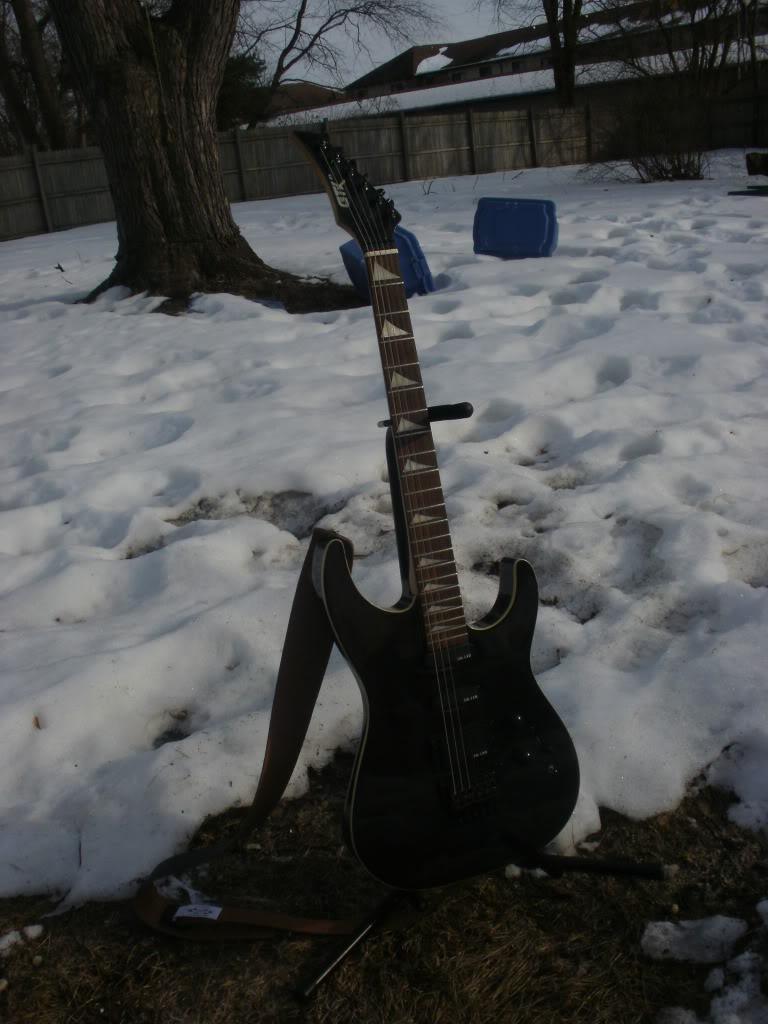 Guitars?....Let's see 'em! P2161270